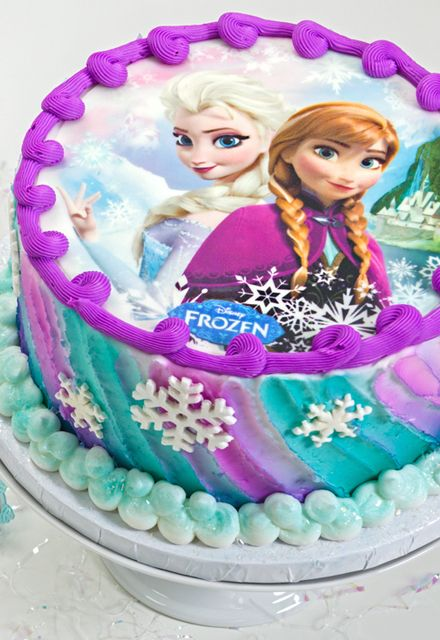 Simple Ana and Elsa Edible Print Frozen Birthday Cake