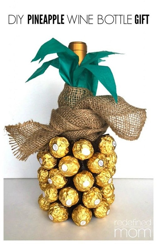 Champagne Turned into a Pineapple DIY Craft Ideas