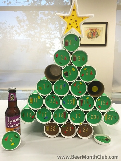 Christmas Tree Inspired Holder Using Tin Cans DIY Craft Ideas