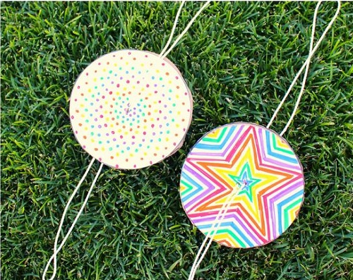 DIY Paper Spinner Craft Projects