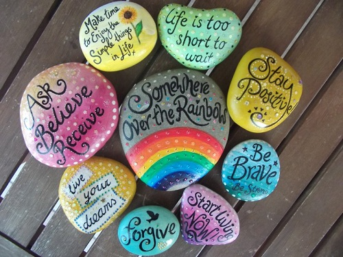 Painted Stones DIY Craft Ideas