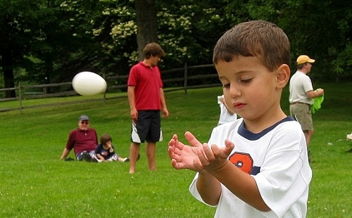 Egg Toss Game for Kids