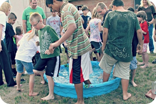 Iron Toes Outdoor Party Games for Kids
