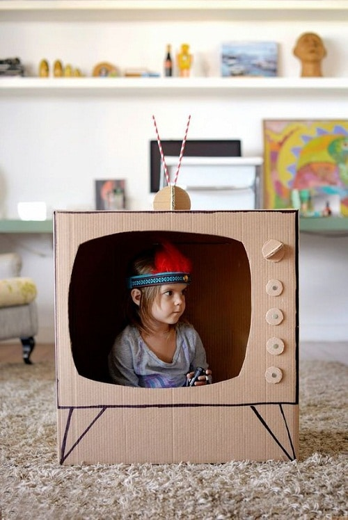 TV Made of Box DIY Projects