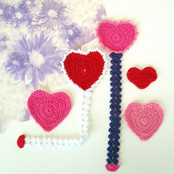 Crochet Heart Bookmark Pattern