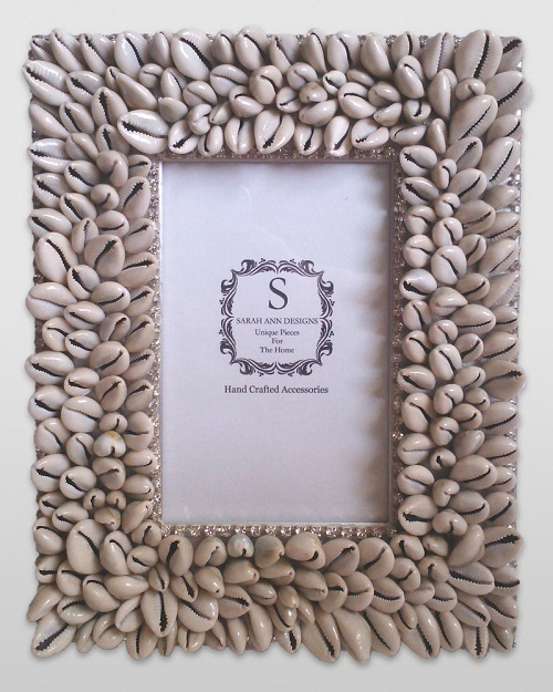 Small Shell Photo Frame