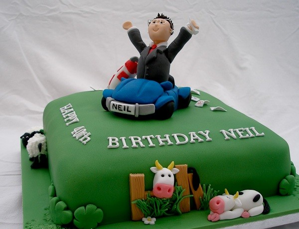 40th Birthday Cake Images Male : 24 Birthday Cakes for Men of Different Ages - My Happy ...