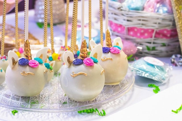white-cake-pops- adult birthday party ideas
