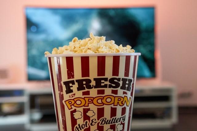 bowl-popcorn-cinema-tv-experienc