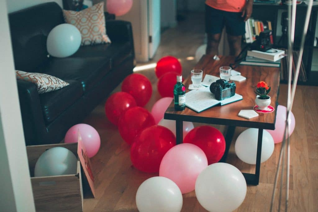 adult birthday party ideas assorterd-color balloons